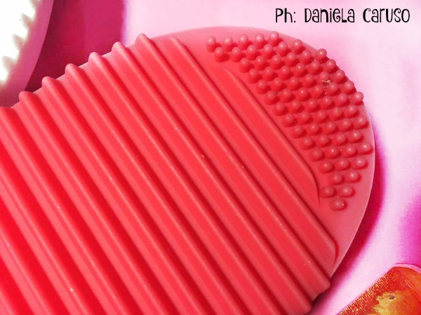 bombeauty brush cleaning tool 9