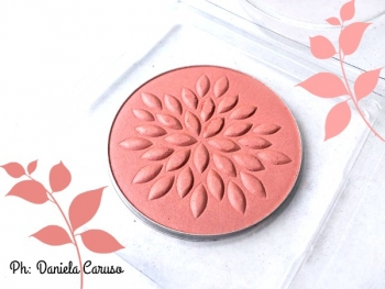 Lavera Blush So Fresh Mineral Powder in Charming Rose [REVIEW]