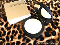 It Cosmetics Bye Bye Pores Pressed Poreless Finishing Powder [REVIEW]