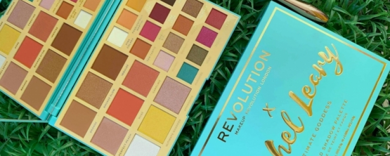Revolution x Rachel Leary Ultimate Goddess Palette e Rose Powder Brush: ecco gli swatch